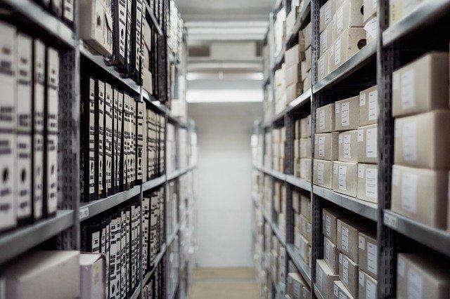 salle d'archives dématérialisation documents
